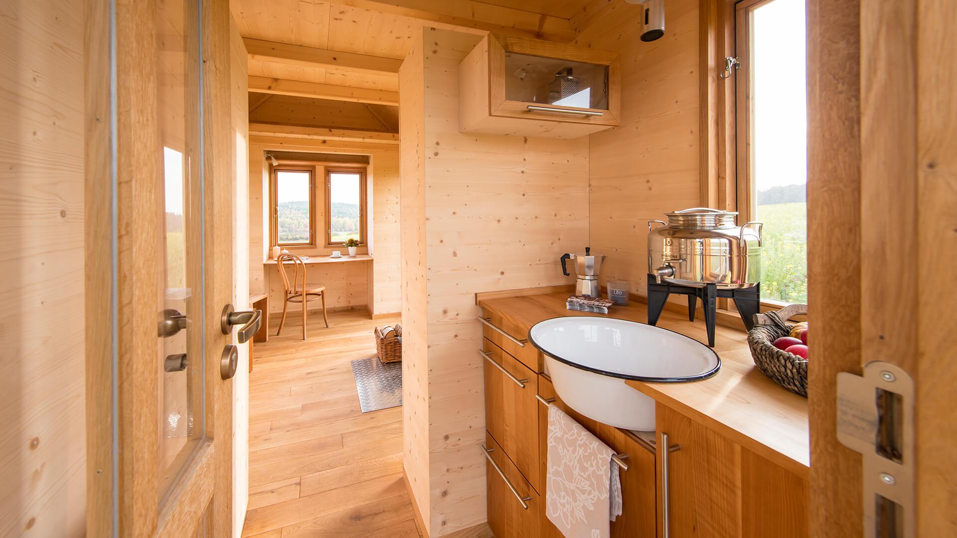 startseite tiny house. Black Bedroom Furniture Sets. Home Design Ideas